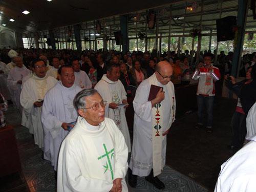 thánh lễ tại nhà nguyện la vang