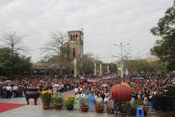 trung tam hanh huong la vang 910