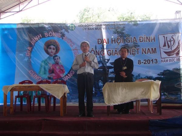 La Vang - Đại hội gia đình 001